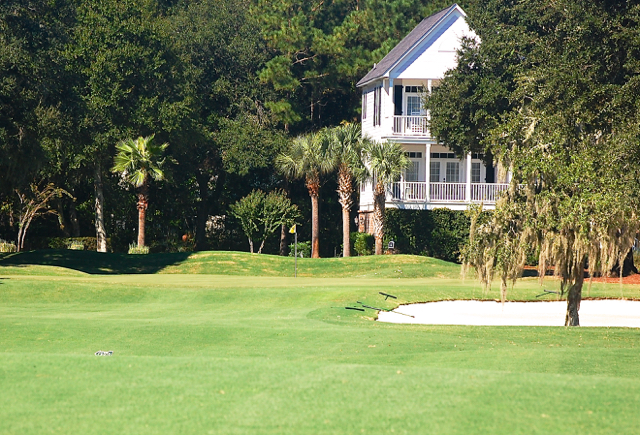The opening green at DeBordieu's Pete & P.B. Dye course